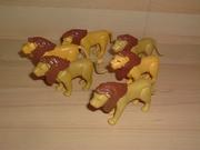 Lot de 6 lions cassés et en mauvais état