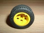 Roue jaune Ø 3,1 cm largeur 1,5 cm