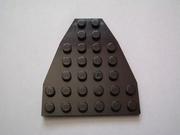 Plaque triangle 28 picots