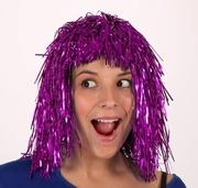 Perruque disco brillante violette