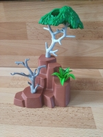 Rocher et arbres