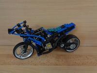 Moto de course en l'état 26cm