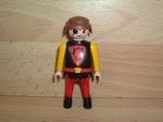 Chevalier pantalon rouge